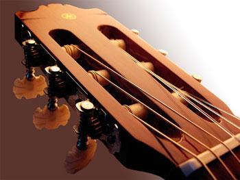 Как самостоятельно научится играть на гитаре 61